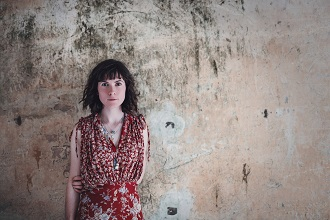 Lucy Farrell plays a Gig at the Greenhouses